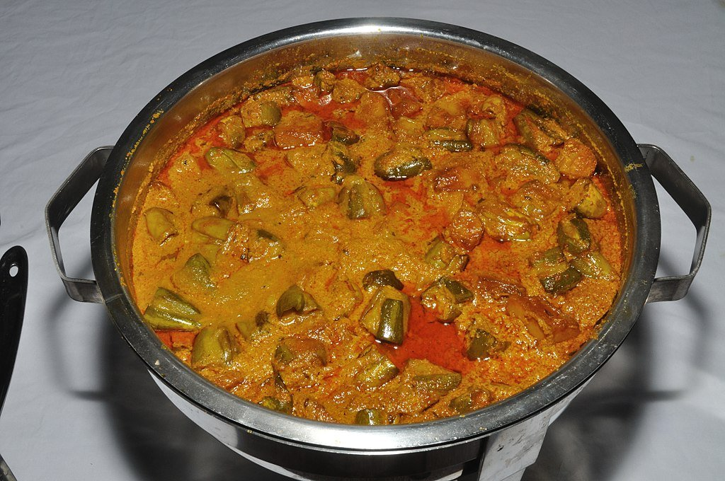 circuitpython_1024px-Pointed_Gourd_Curry_-_Kolkata_2011-09-20_5428.jpg