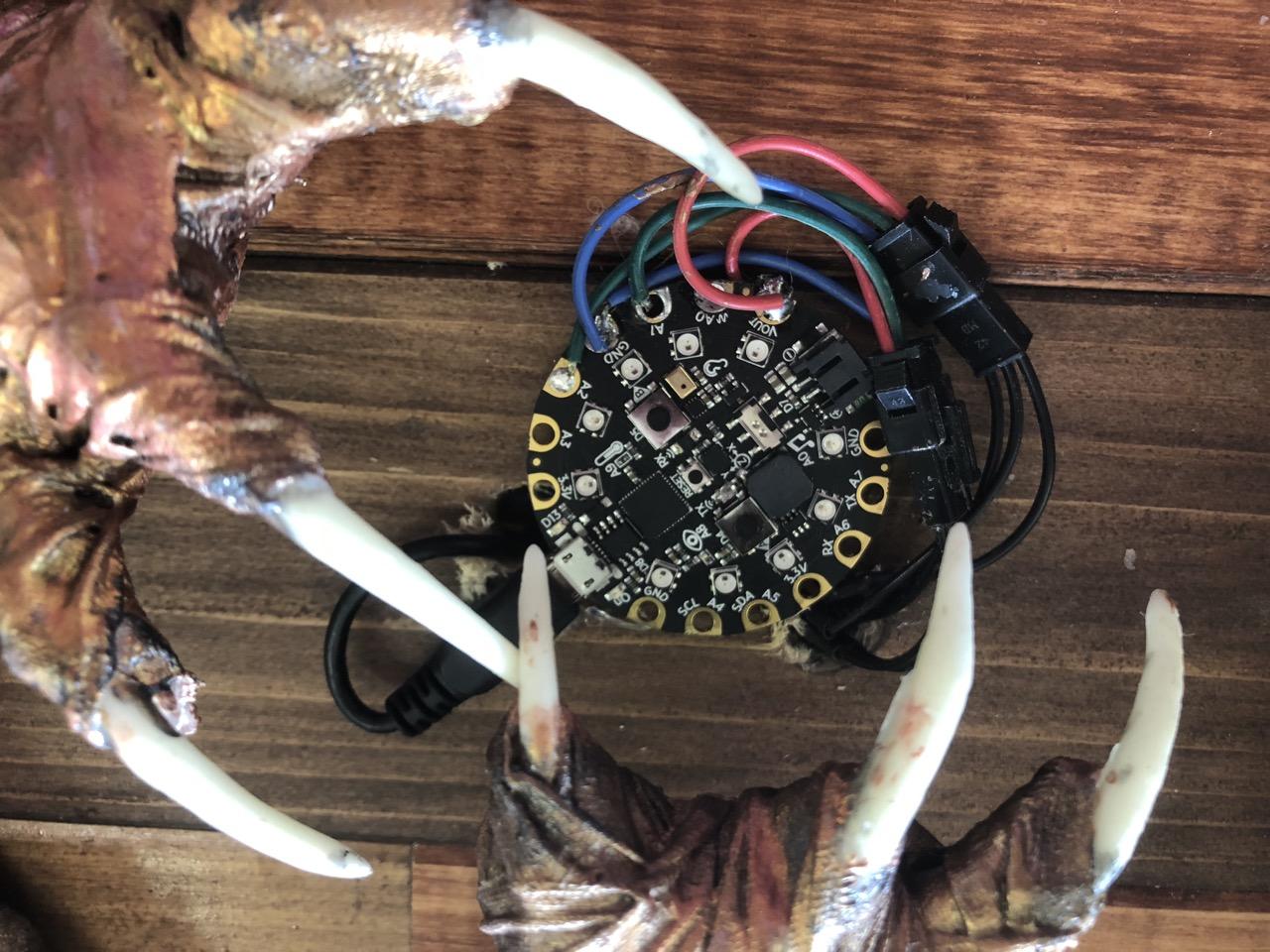 led_strips_35_cp_claws.jpg