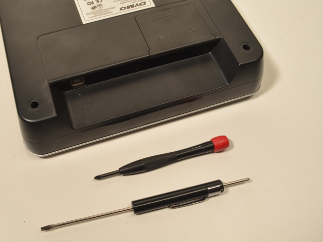 hacks_base_screwdrivers.jpg