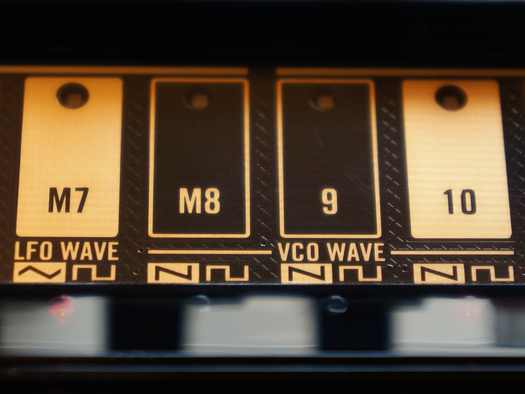 circuitpython_korg-volca-bass-waves-2000.jpg