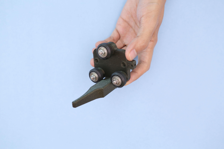 3d_printing_roller-handle-installed.jpg
