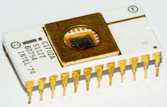 microcontrollers_EPROM_Intel_C1702A_(2).jpg