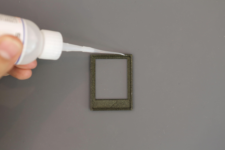 3d_printing_bezel-glue-apply.jpg