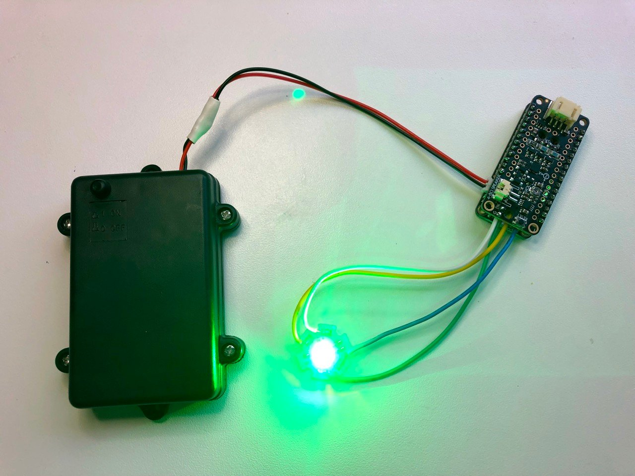 led_strips_04_wiredup.jpg