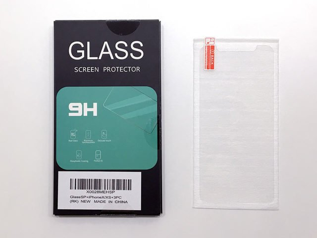wearables_screen-protector-package.jpg
