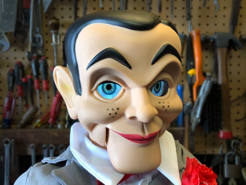 Overview Living Ventriloquist Dummy