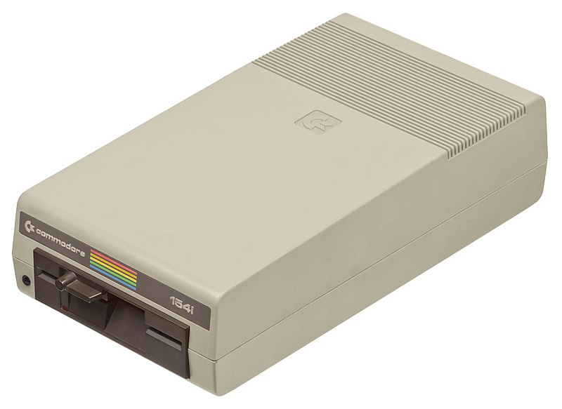 hacks_800px-Commodore-64-1541-Floppy-Drive-01.jpg