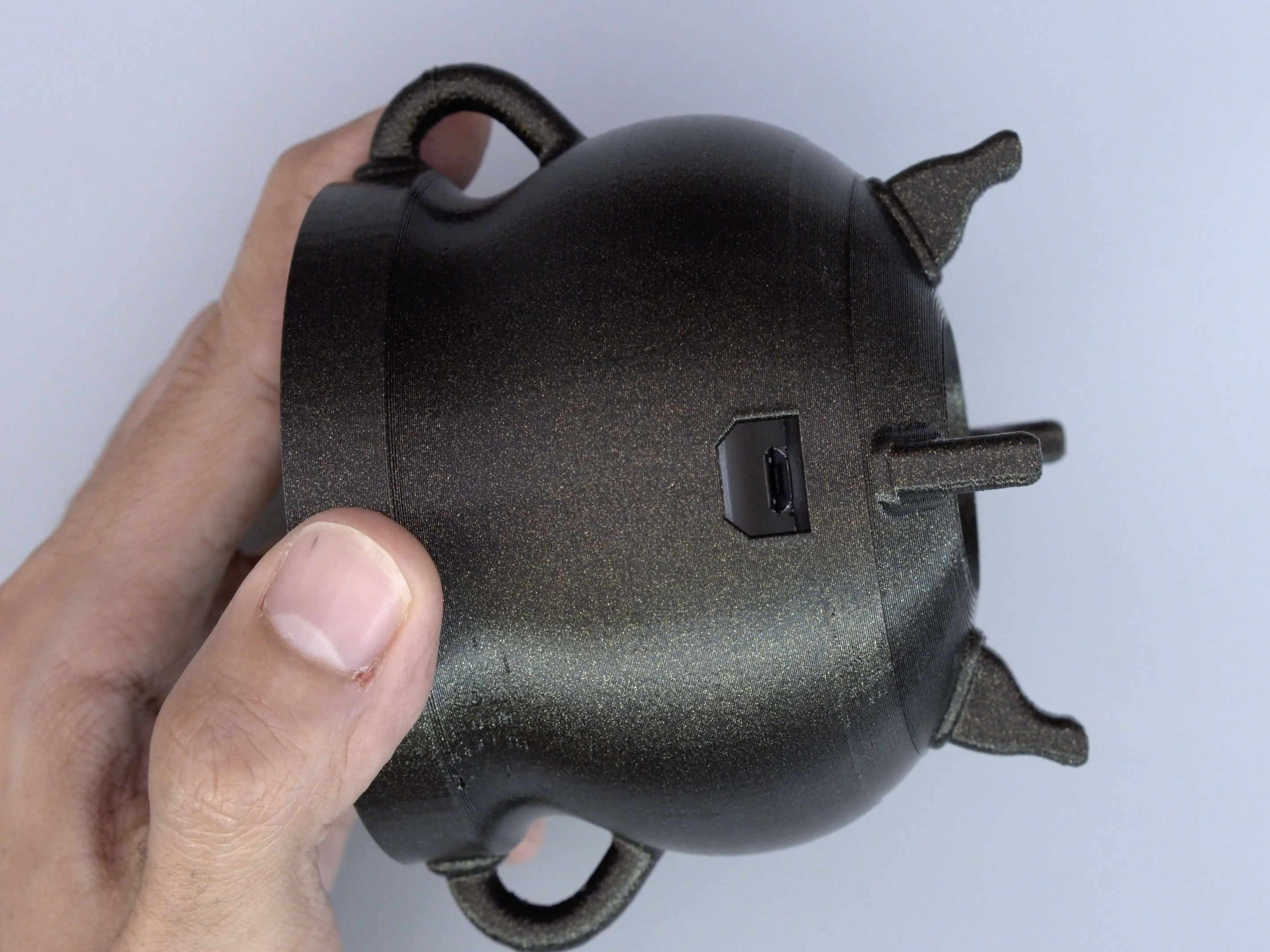 3d_printing_bowl-usb-hole.jpg