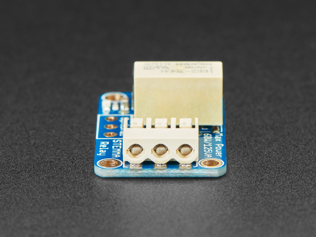adafruit_products_STEMMA_Relay_Relay_side.jpg