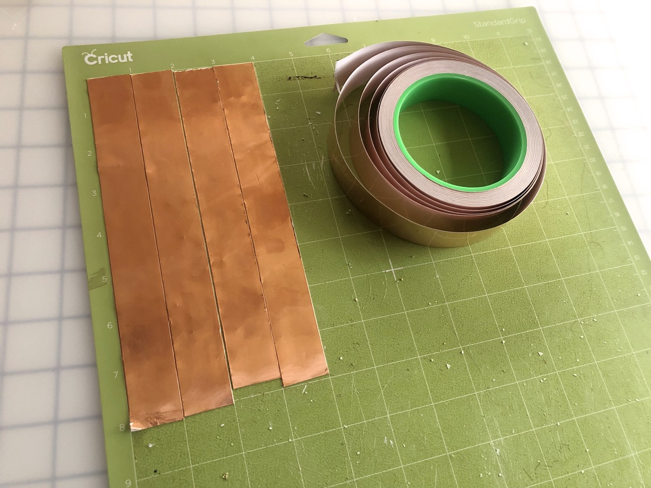 led_pixels_01_coppertape_layout.jpg