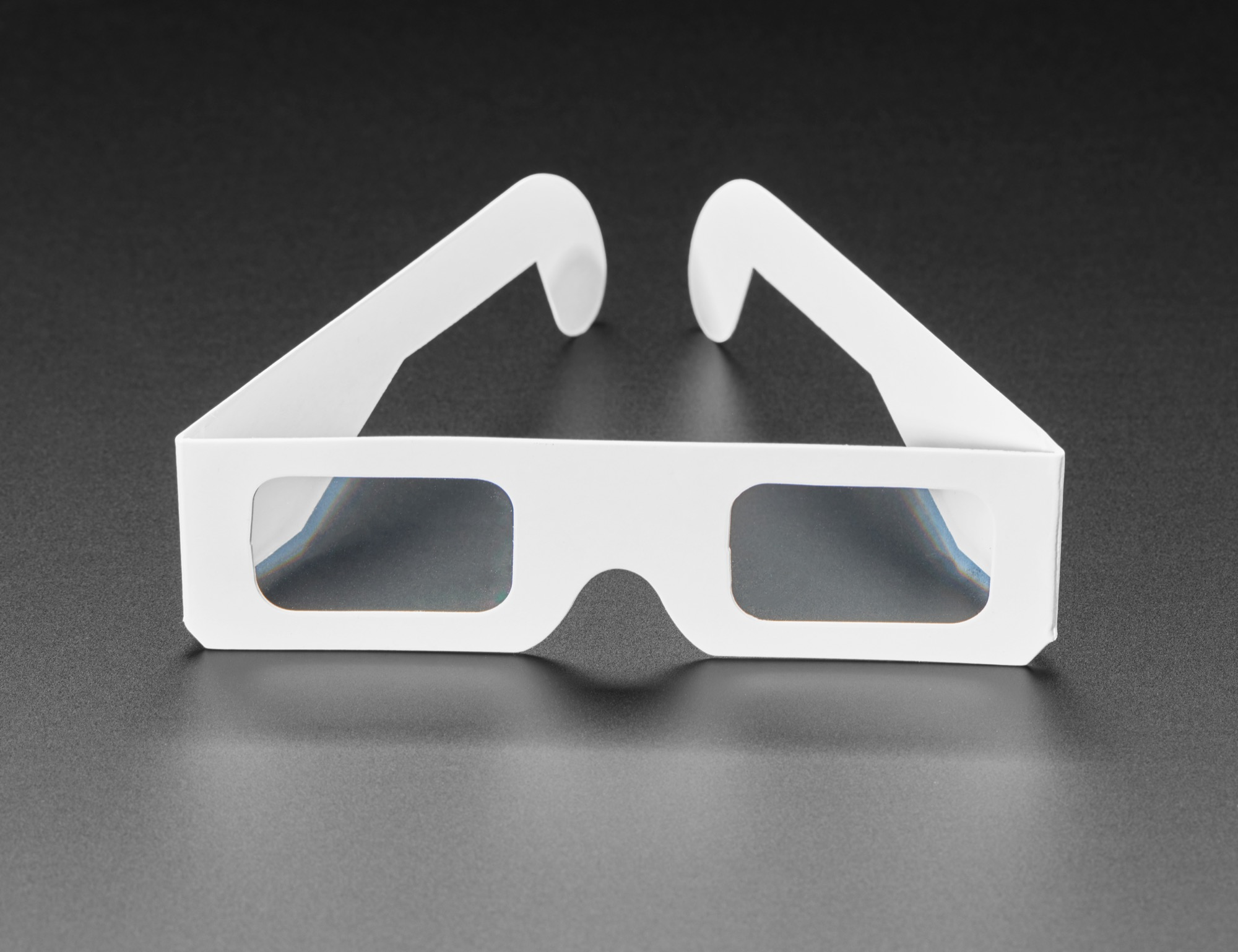adabox_glasses_detail_ORIG_2019_11.jpg