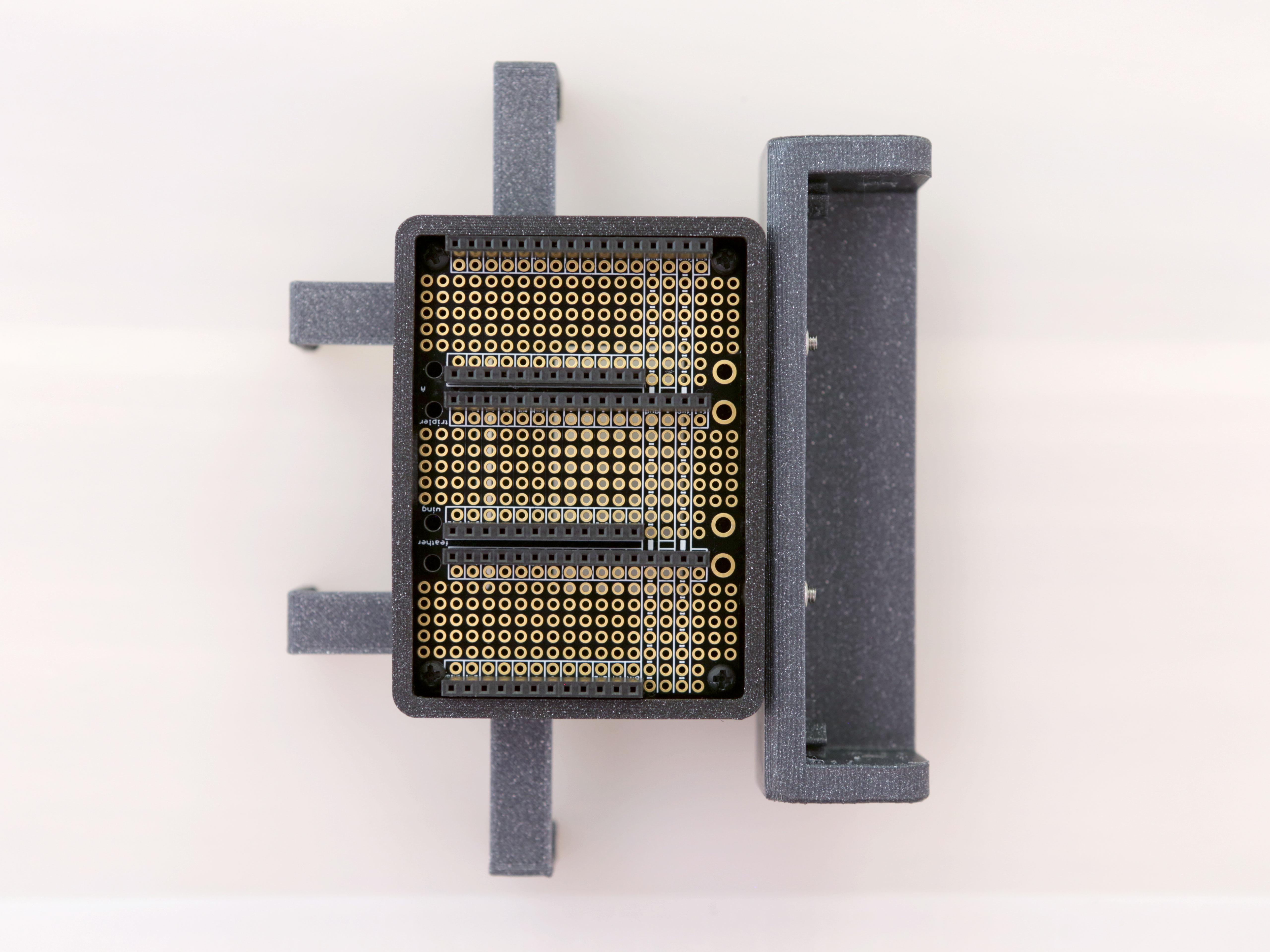 3d_printing_case-mount-tripler-install.jpg
