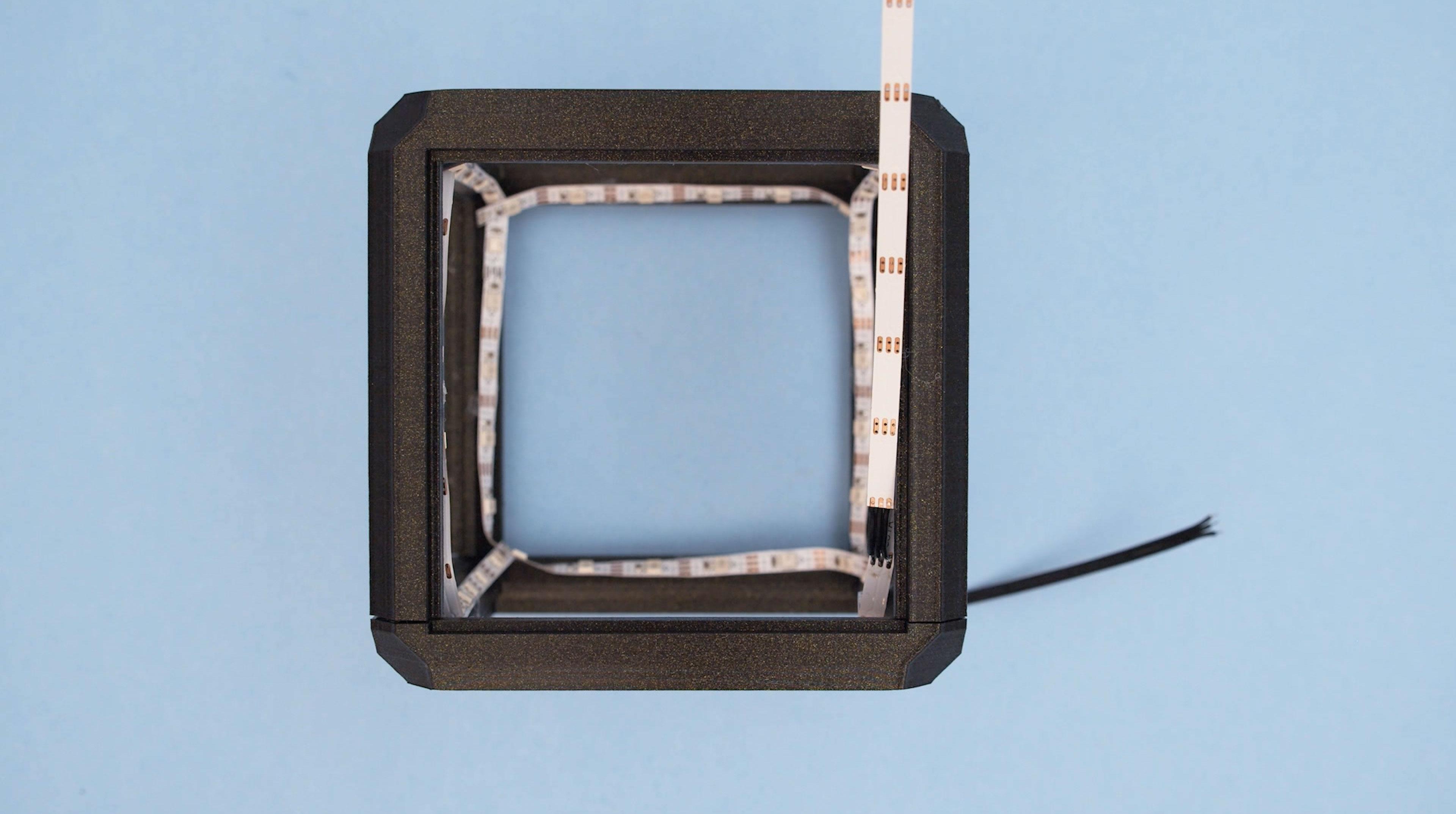 led_strips_strip-solderd-back.jpg