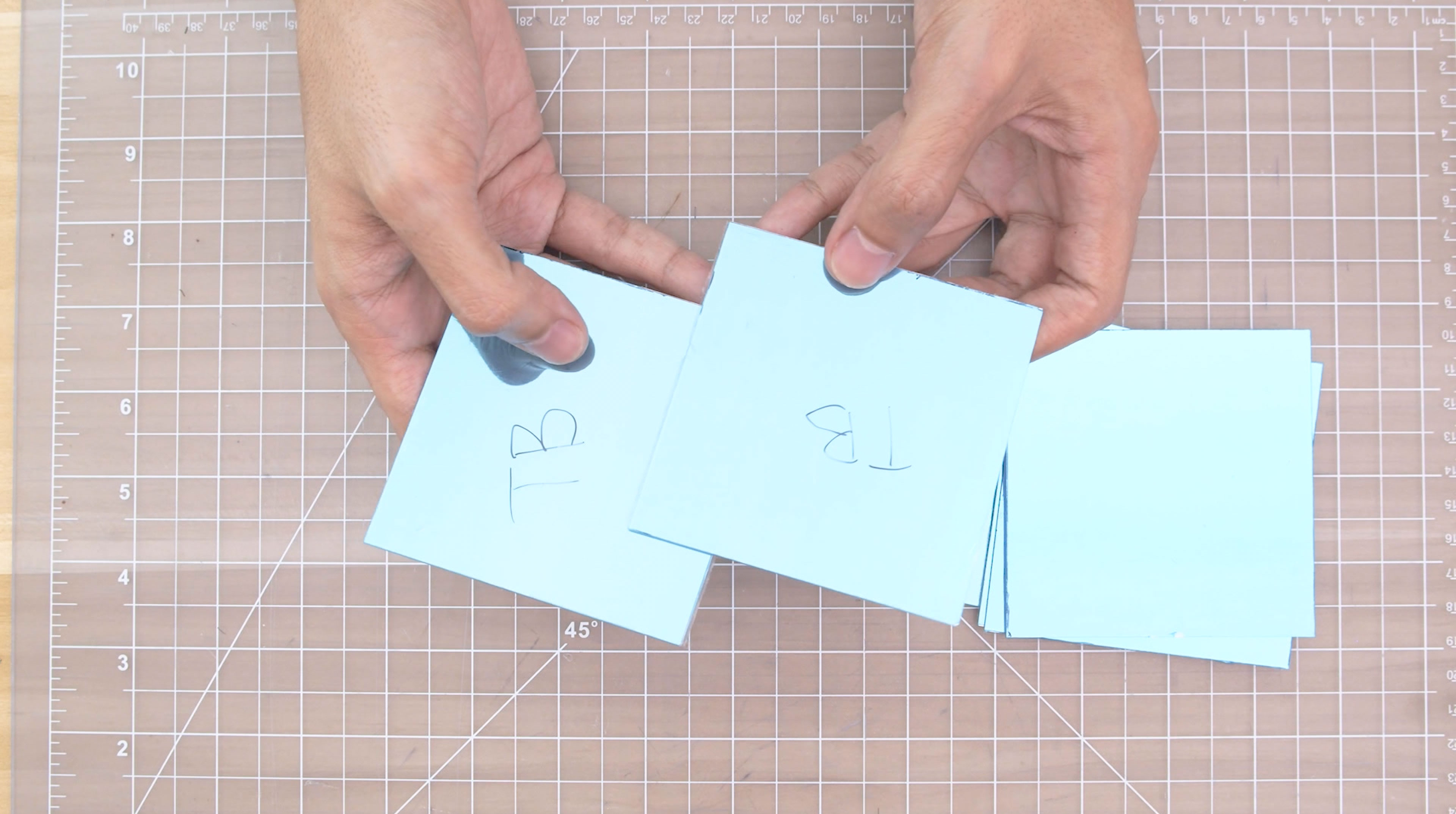 led_strips_top-bottom-panes.jpg