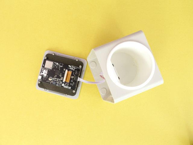 3d_printing_sensor-pyportal-plug.jpg