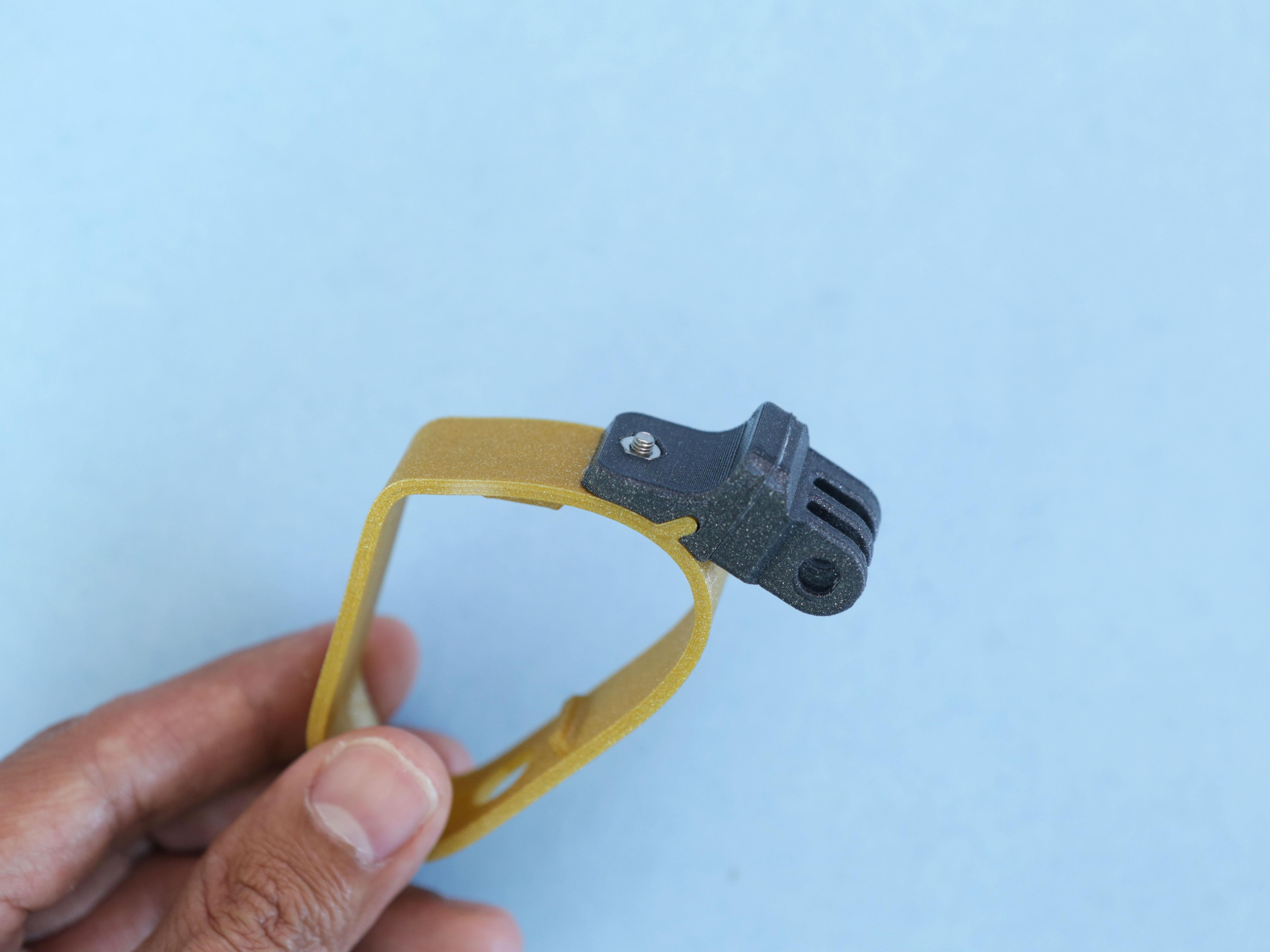 gaming_knuckle-clamp-secured.jpg
