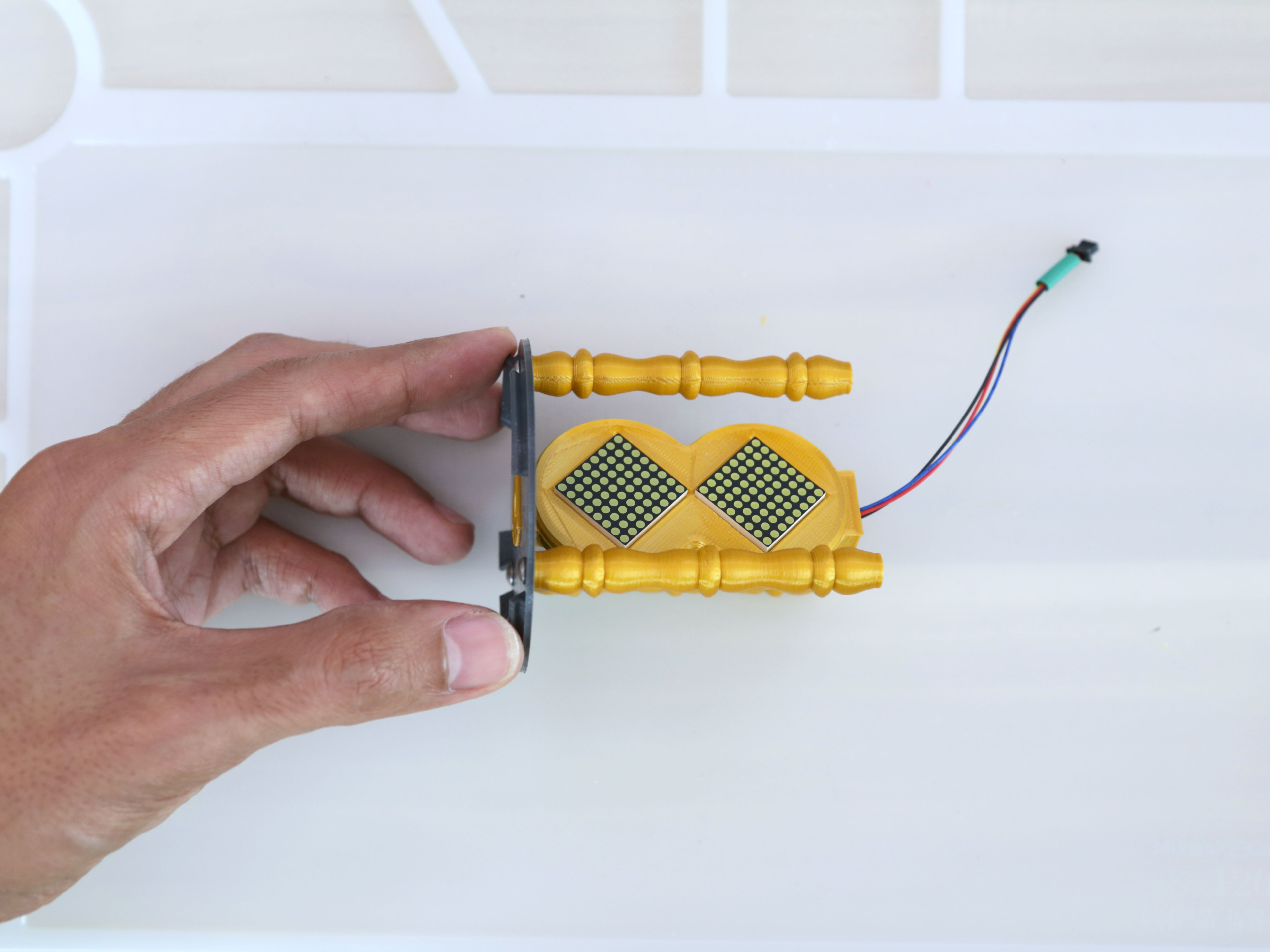 led_matrices_case-install-top-cover.jpg