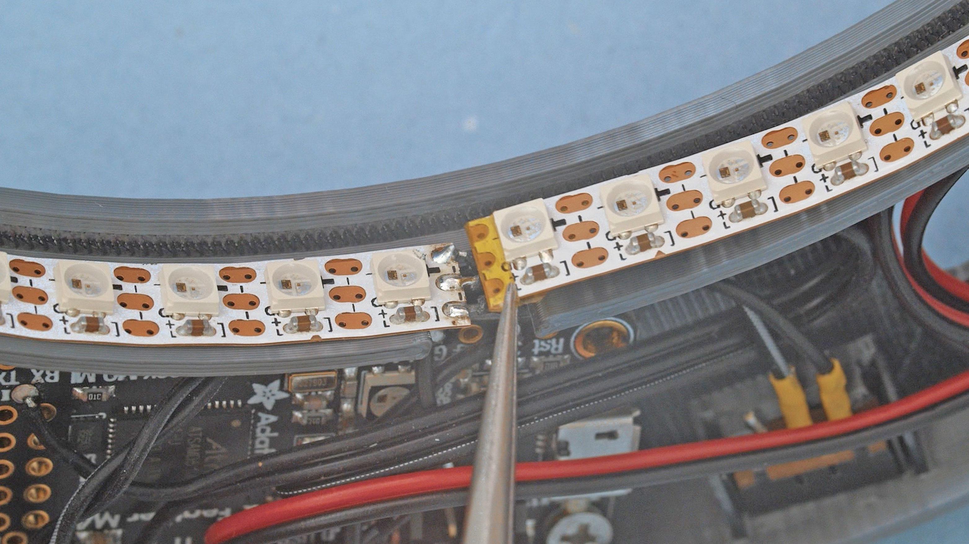 led_pixels_strip-kapton-ends.jpg