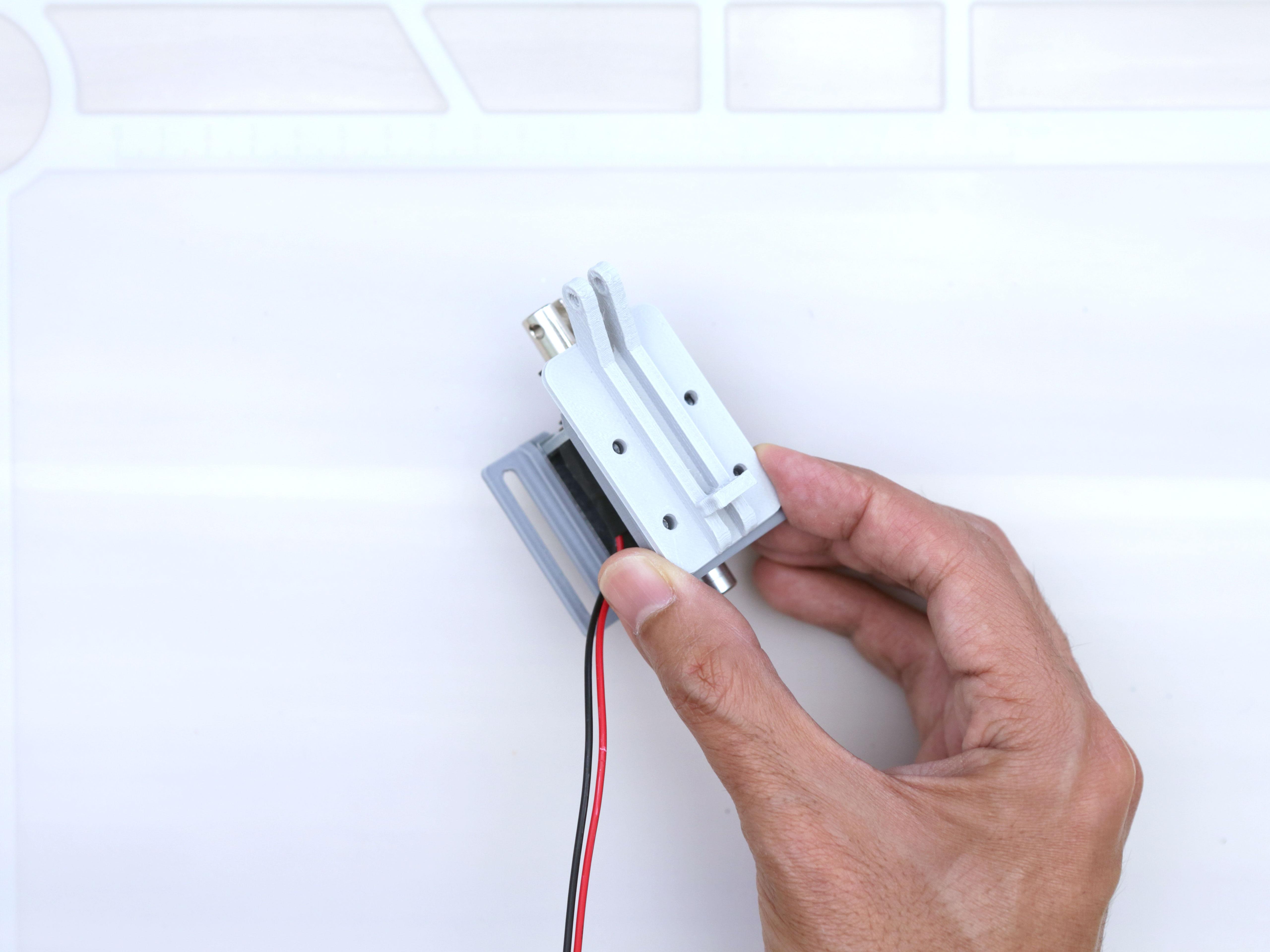 3d_printing_noid-holder-bracket-install.jpg
