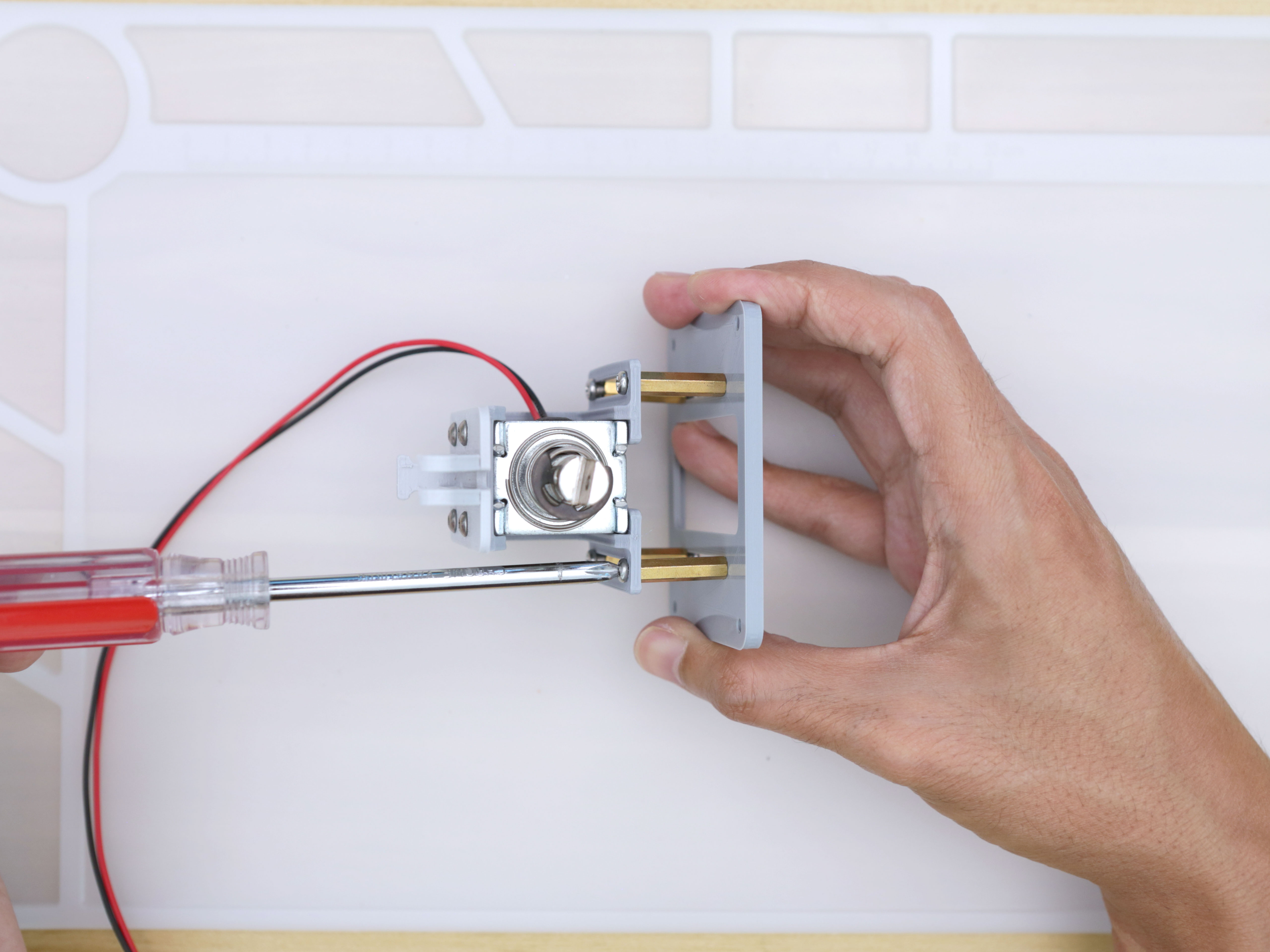 3d_printing_noid-holder-bottom-secure.jpg