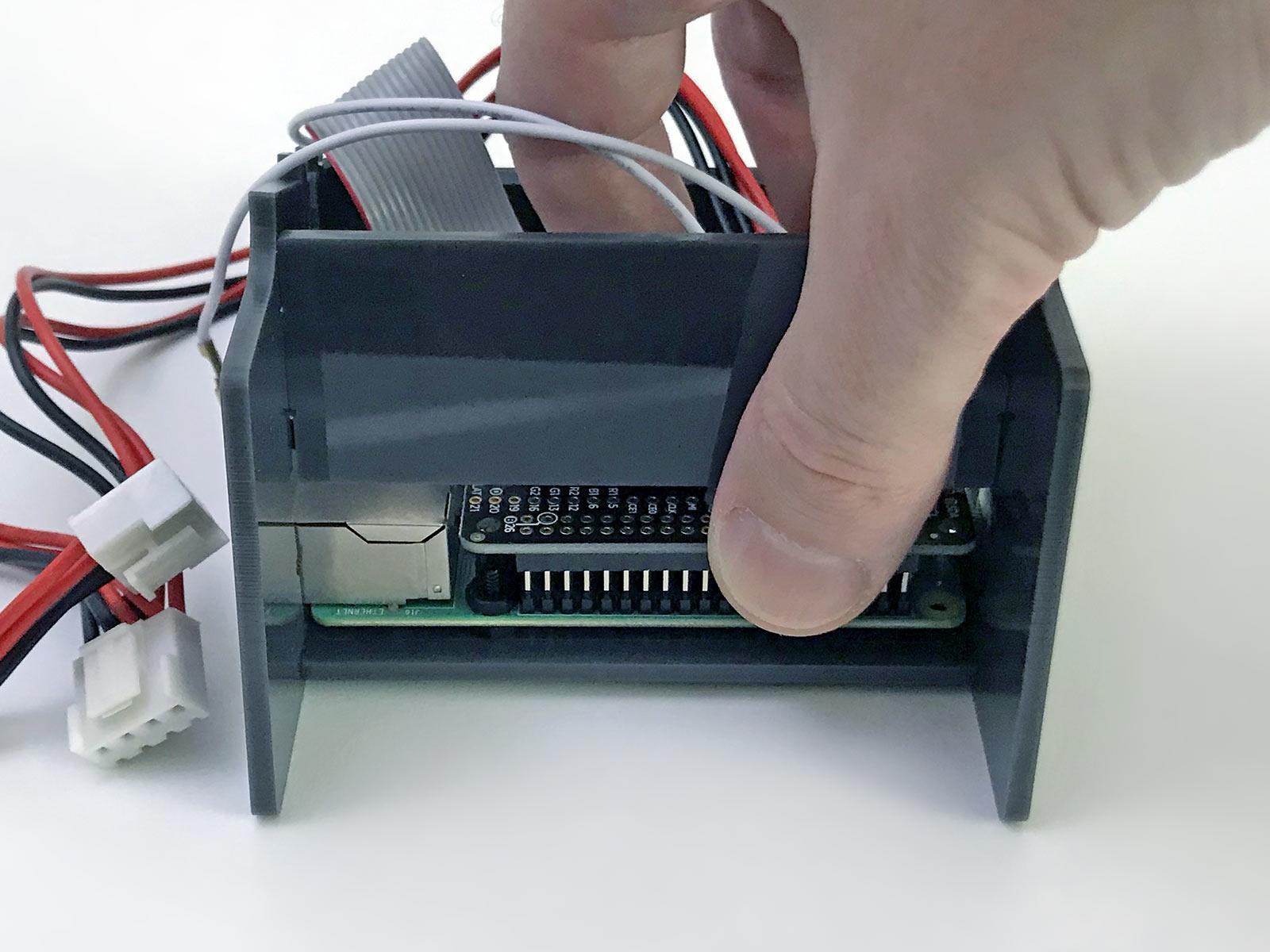 led_matrices_reconnect-bonnet.jpg