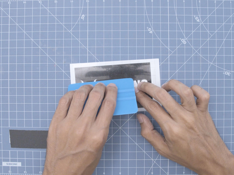 led_strips_apply-tape-vinyl.jpg