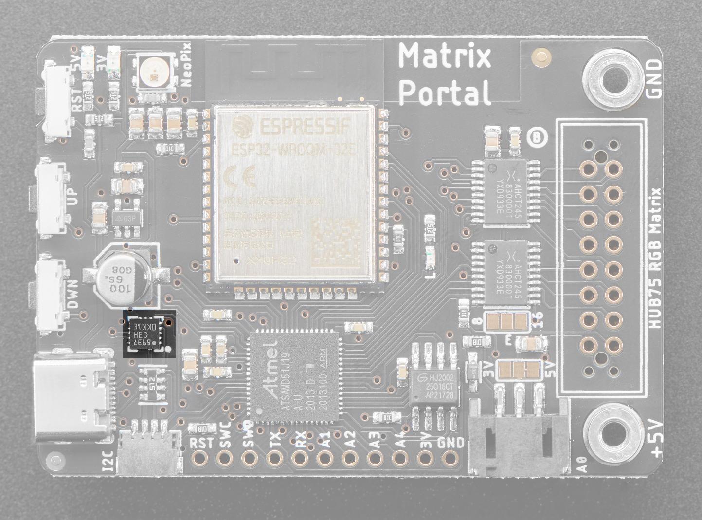 led_matrices_matrixportal_pinout_accelerometer.jpg