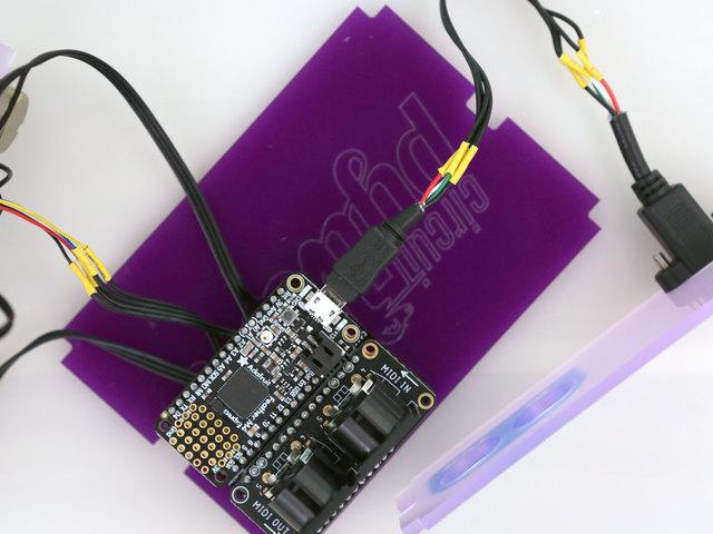 3d_printing_usb-xt-install-feather.jpg