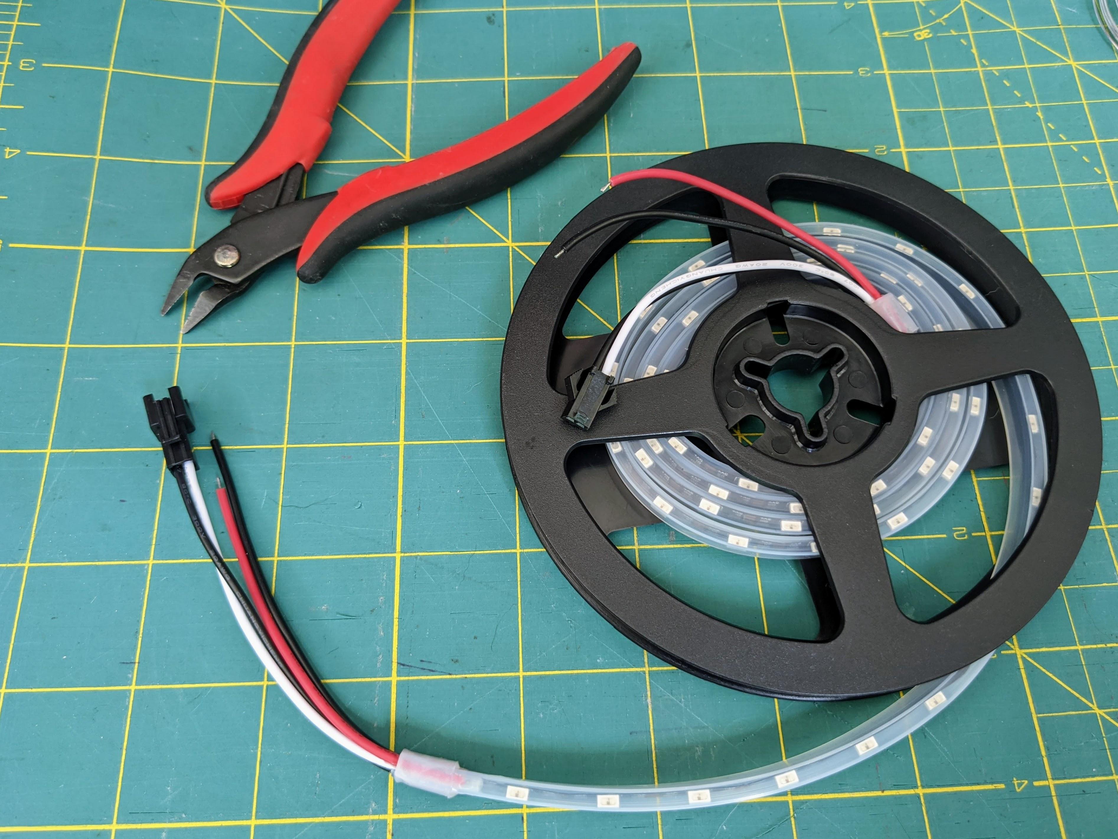 led_strips_PXL_20201012_190714286.jpg