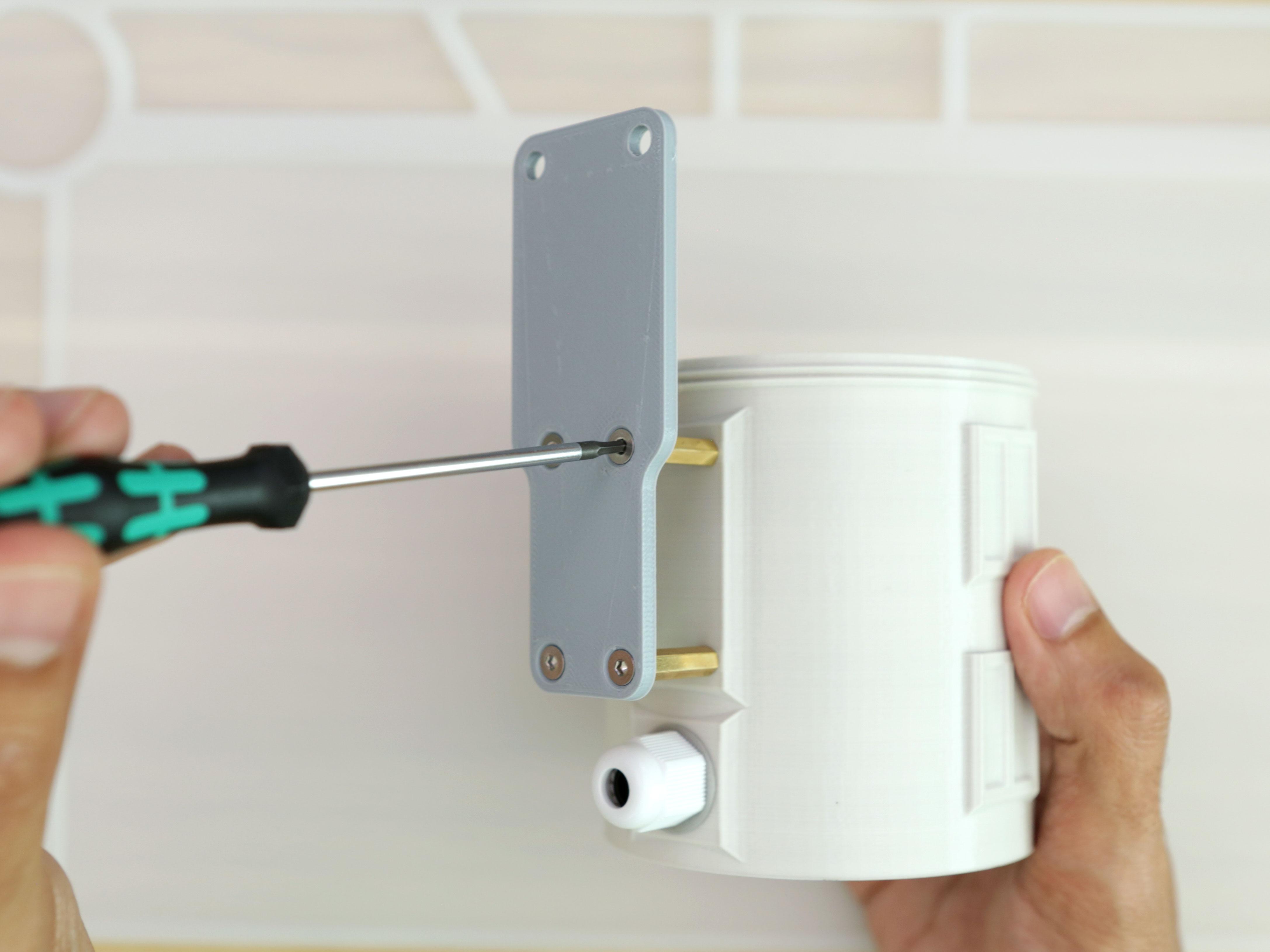 sensors_silo-plate-install.jpg