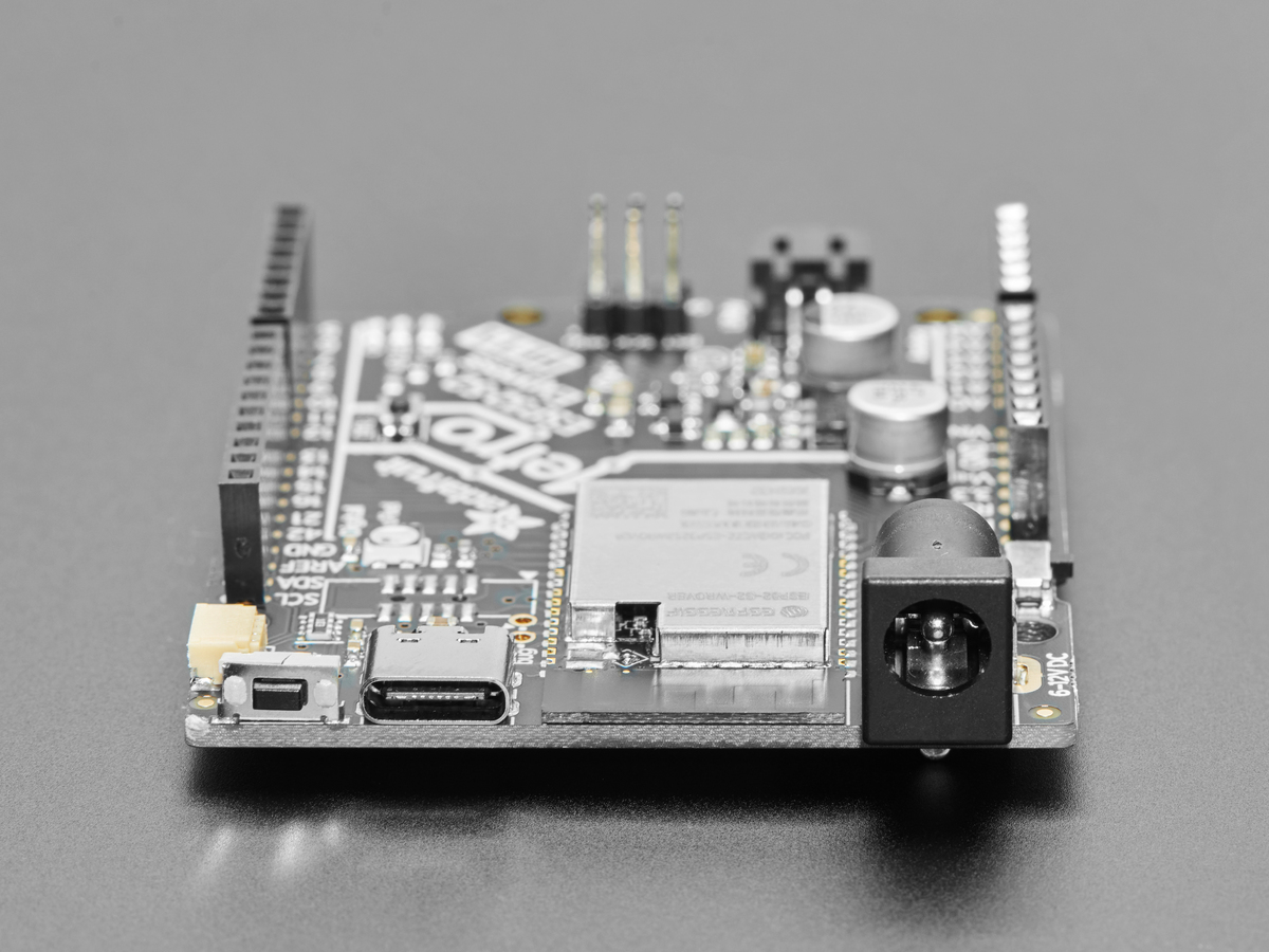 adafruit_products_Metro_ESP32S2_USB_side.jpg