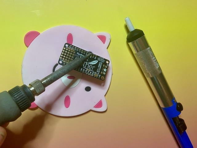 adafruit_products_solder_sucker1.jpeg