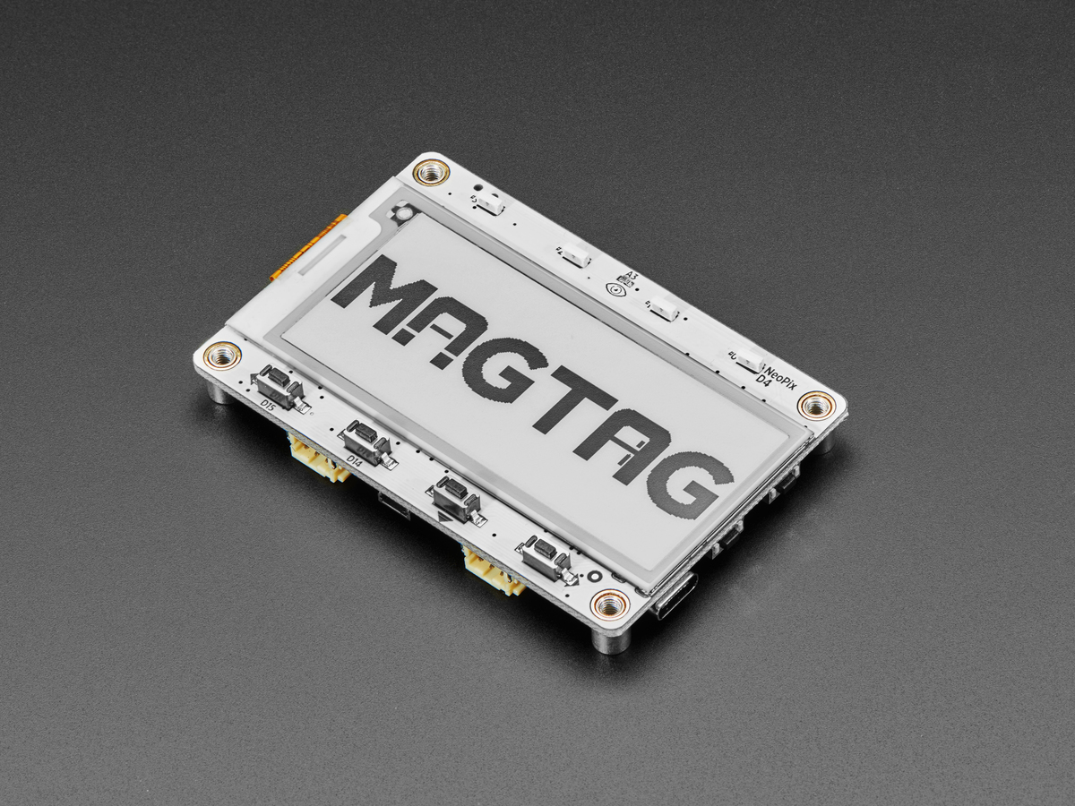 adafruit_products_MagTag_top_angle.jpg
