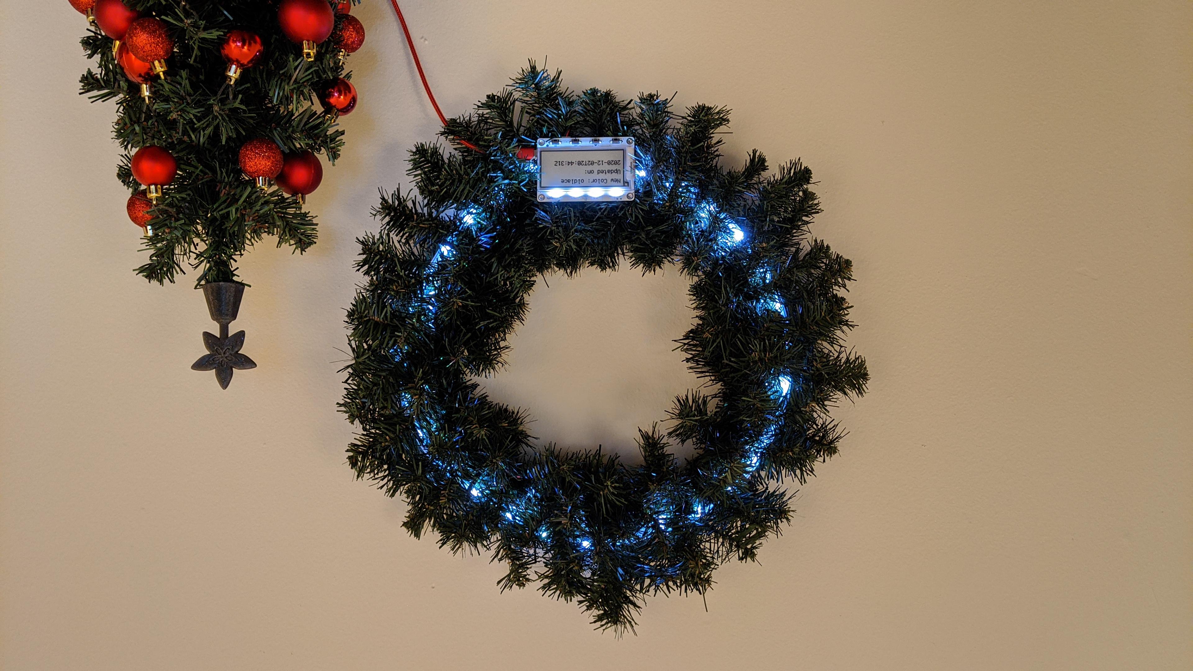 led_strips_MagTag_Cheerlights_Oldlace.jpg