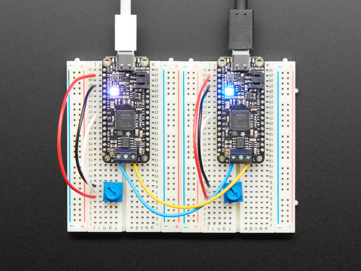 adafruit_products_FeatherCAN_connected_top_view.jpg