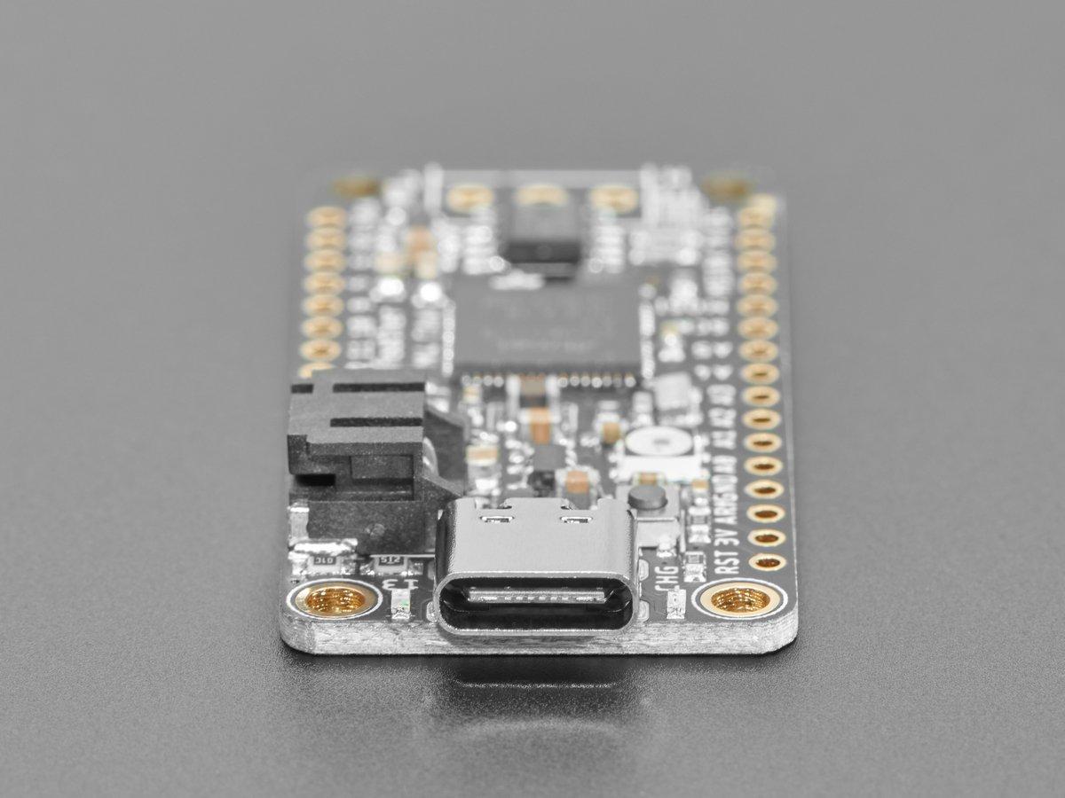 adafruit_products_FeatherCAN_USBC_side.jpg
