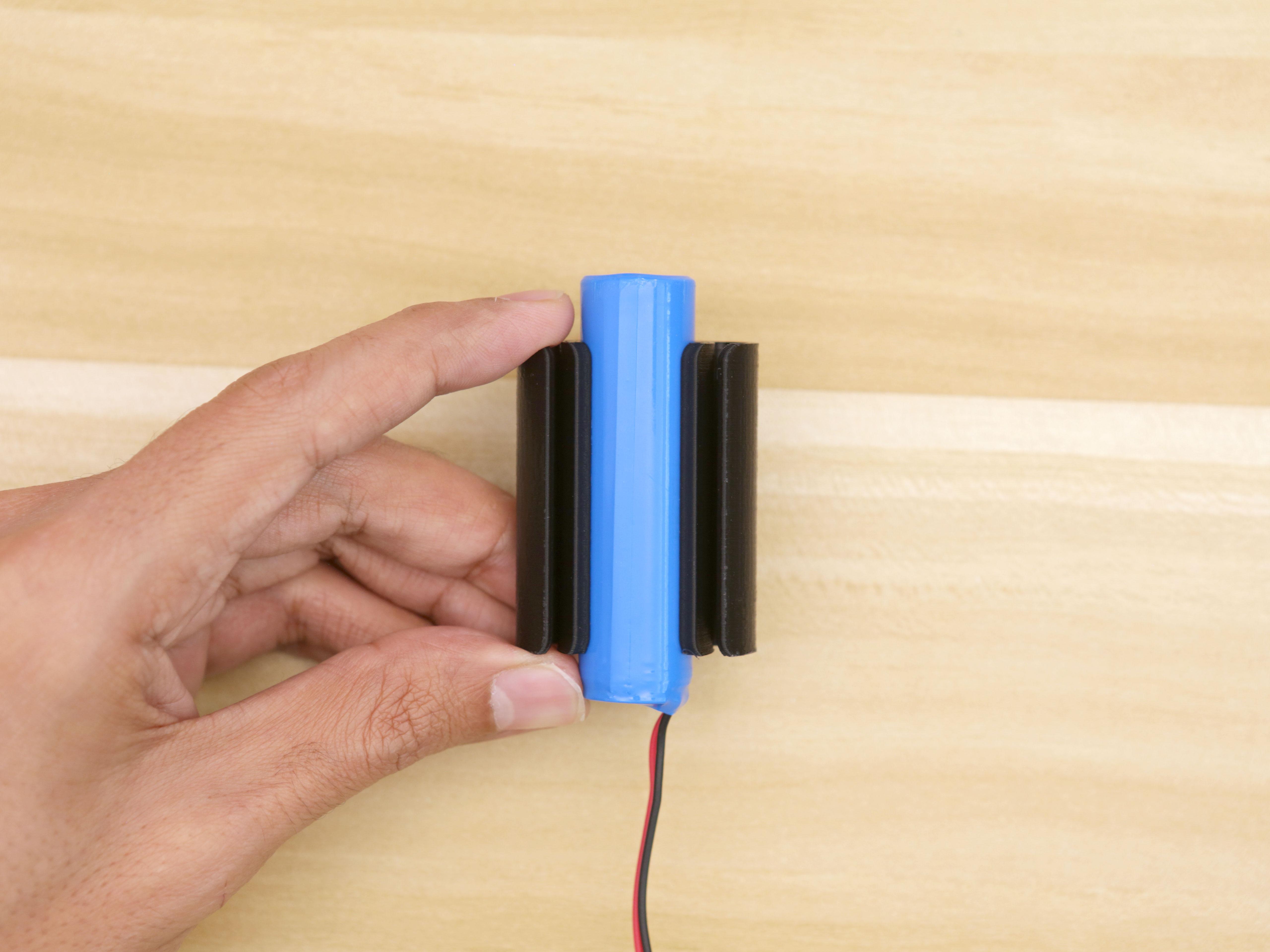 3d_printing_battery-holder-installed.jpg