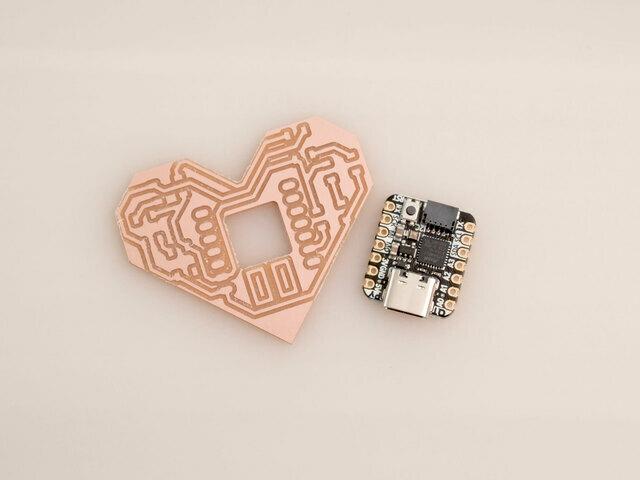 led_pixels_heart-pcb-qtpy.jpg