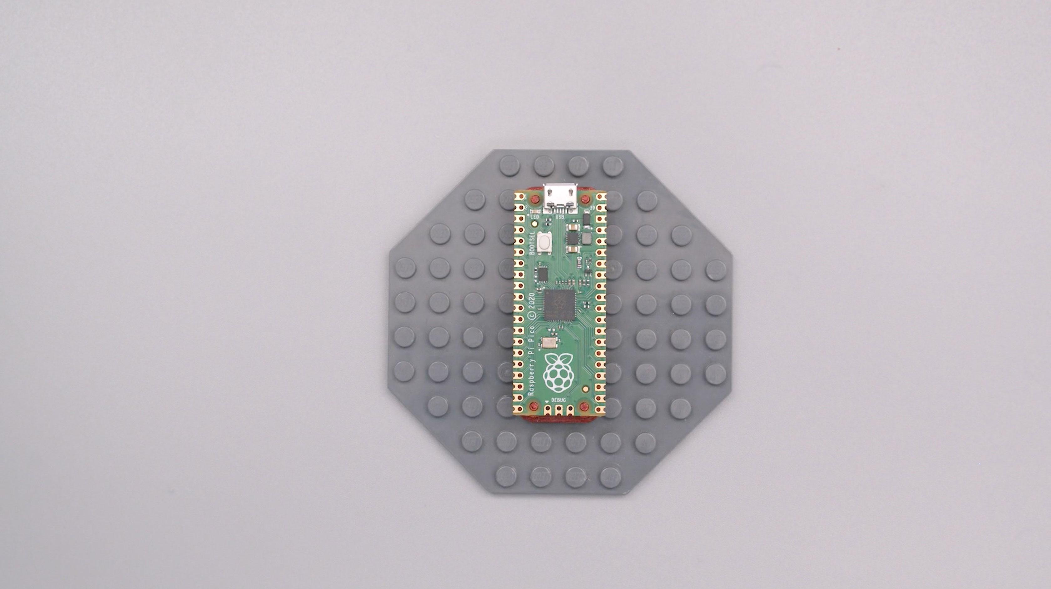 raspberry_pi_pico-lego-plate.jpg