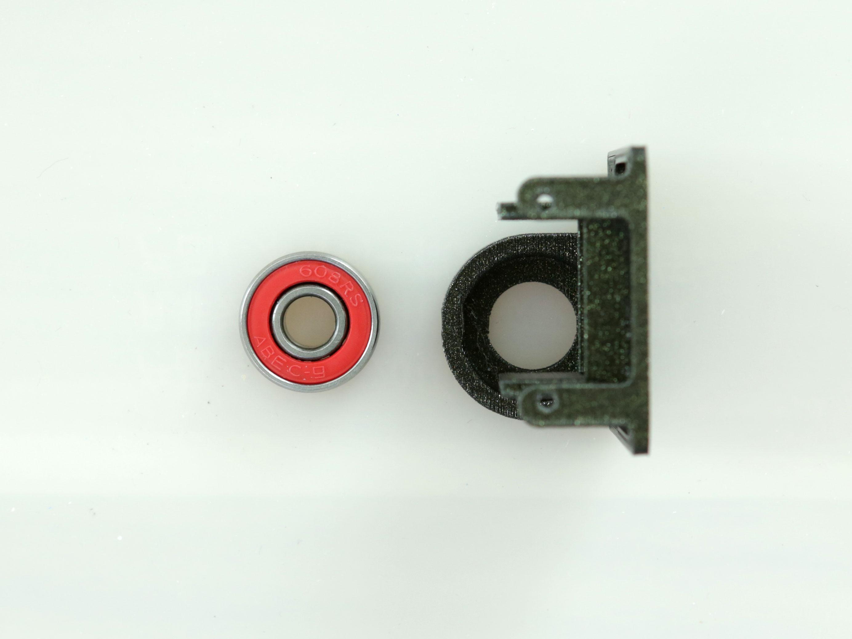 3d_printing_servo-holder-bearing-preinstall.jpg