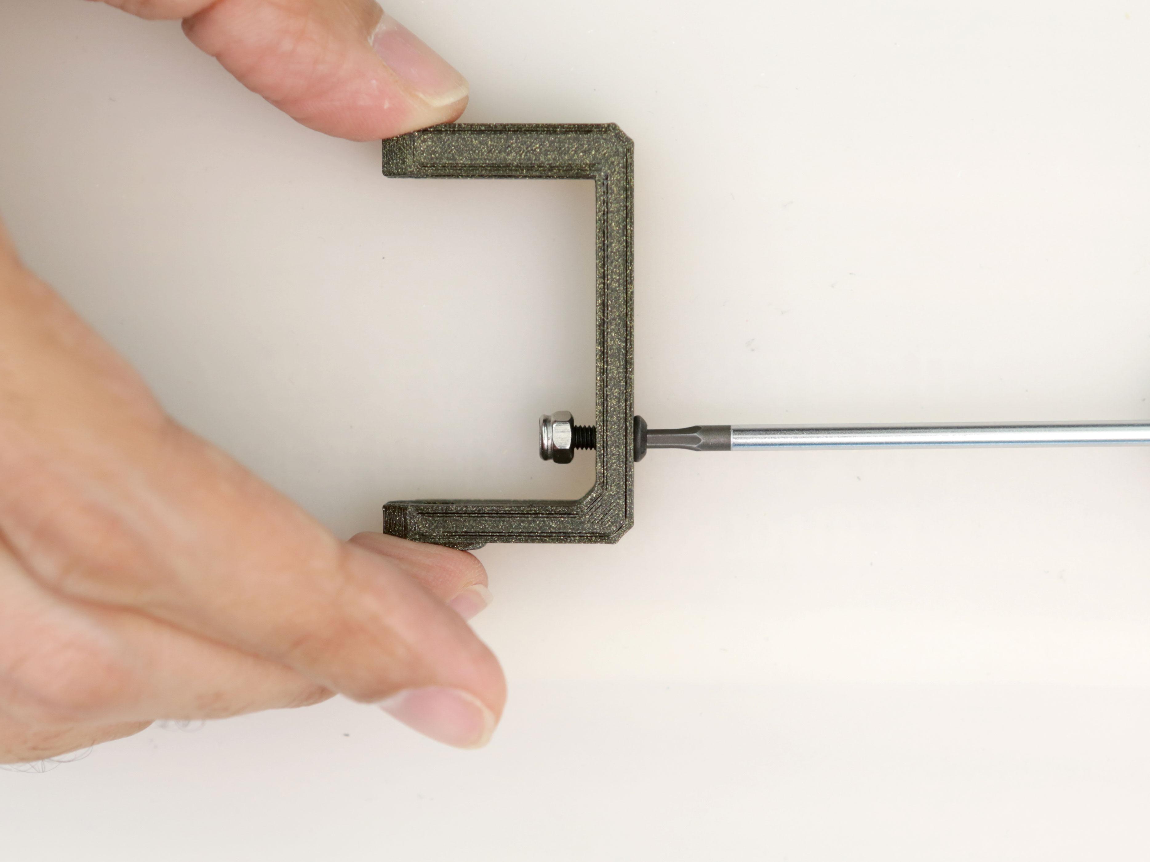3d_printing_servo-arm-screw.jpg