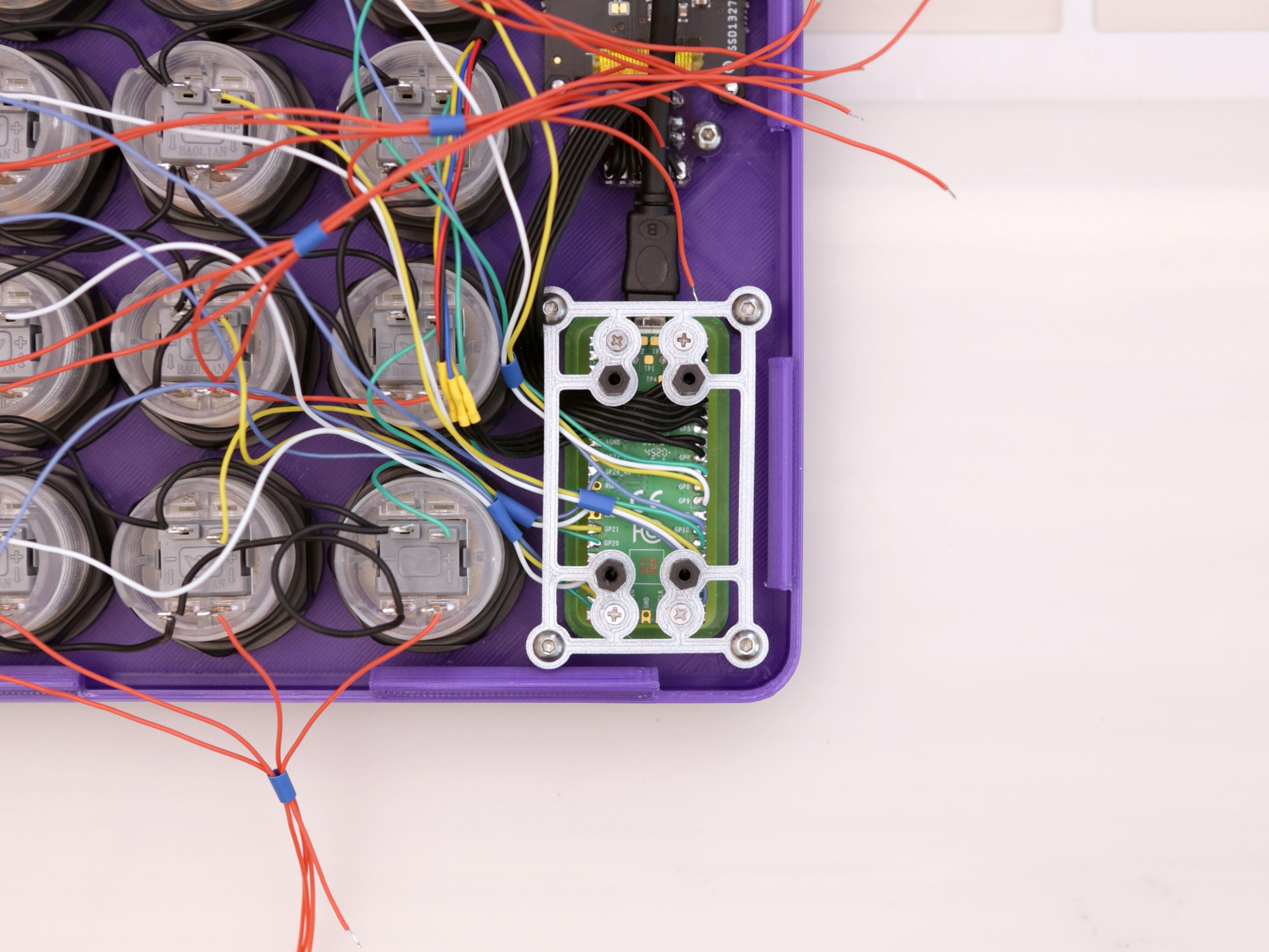 3d_printing_pcb-mount-top-secured-back.jpg