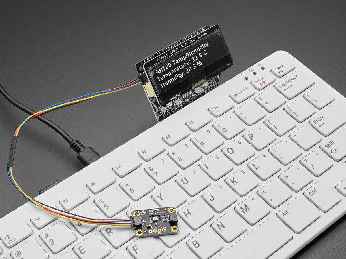 adafruit_products_CDB_with_STEMMA_sensor.jpg