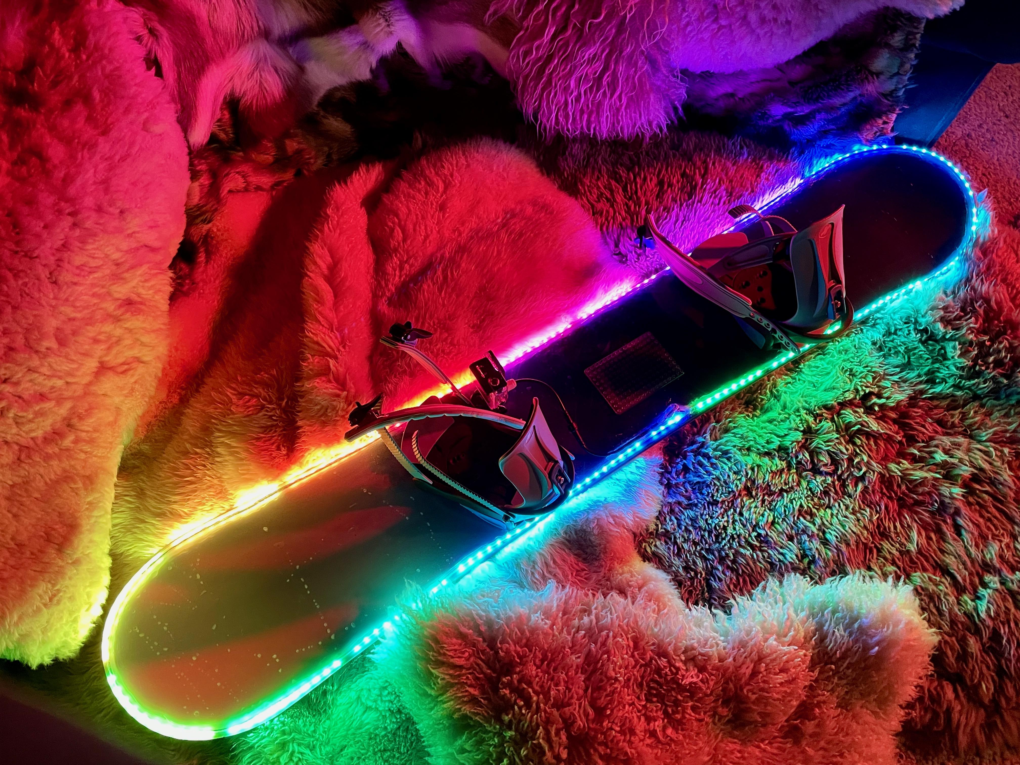 led_strips_led_snowboard.jpeg