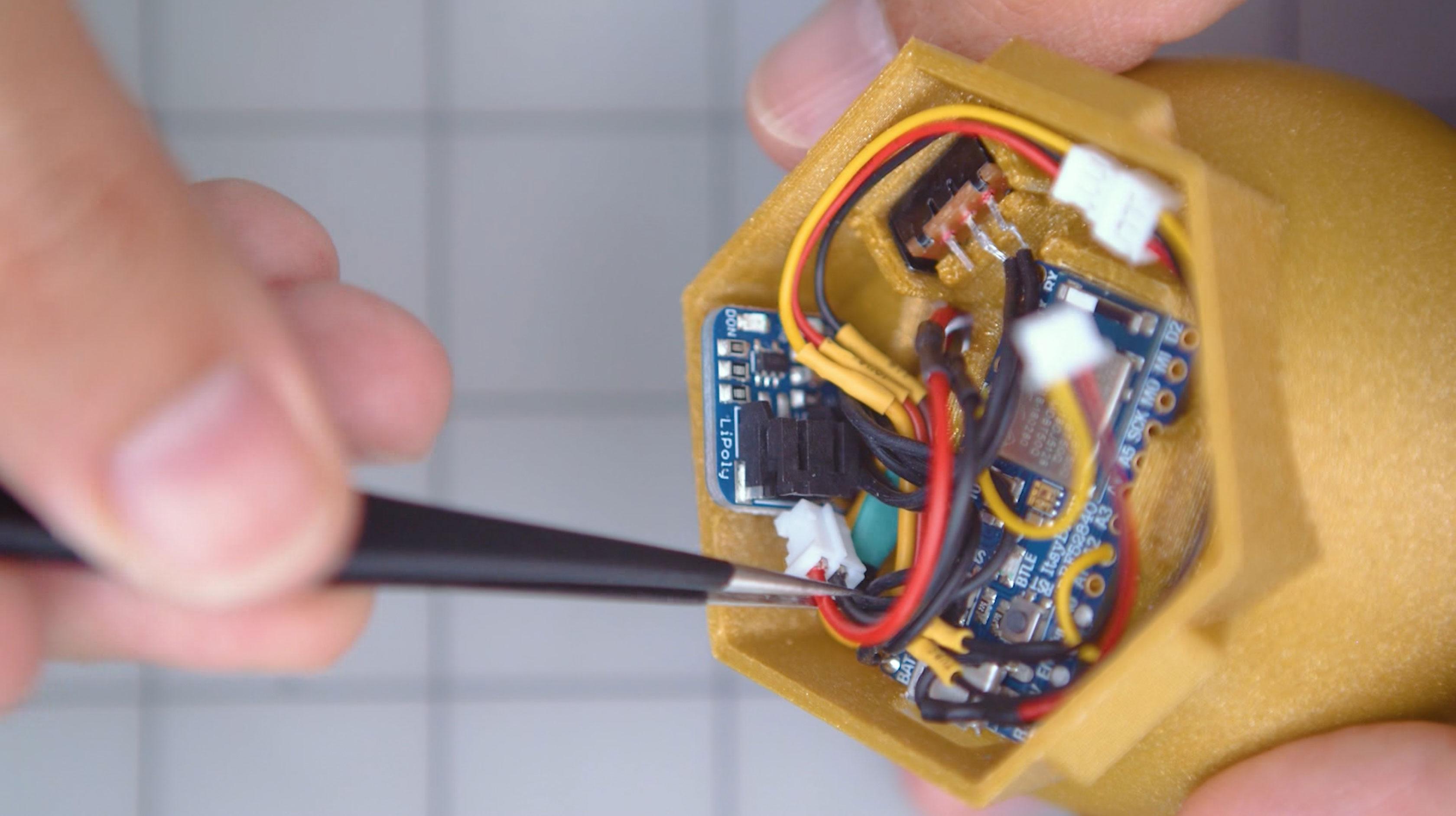 3d_printing_bat-lipo-wire-plug.jpg