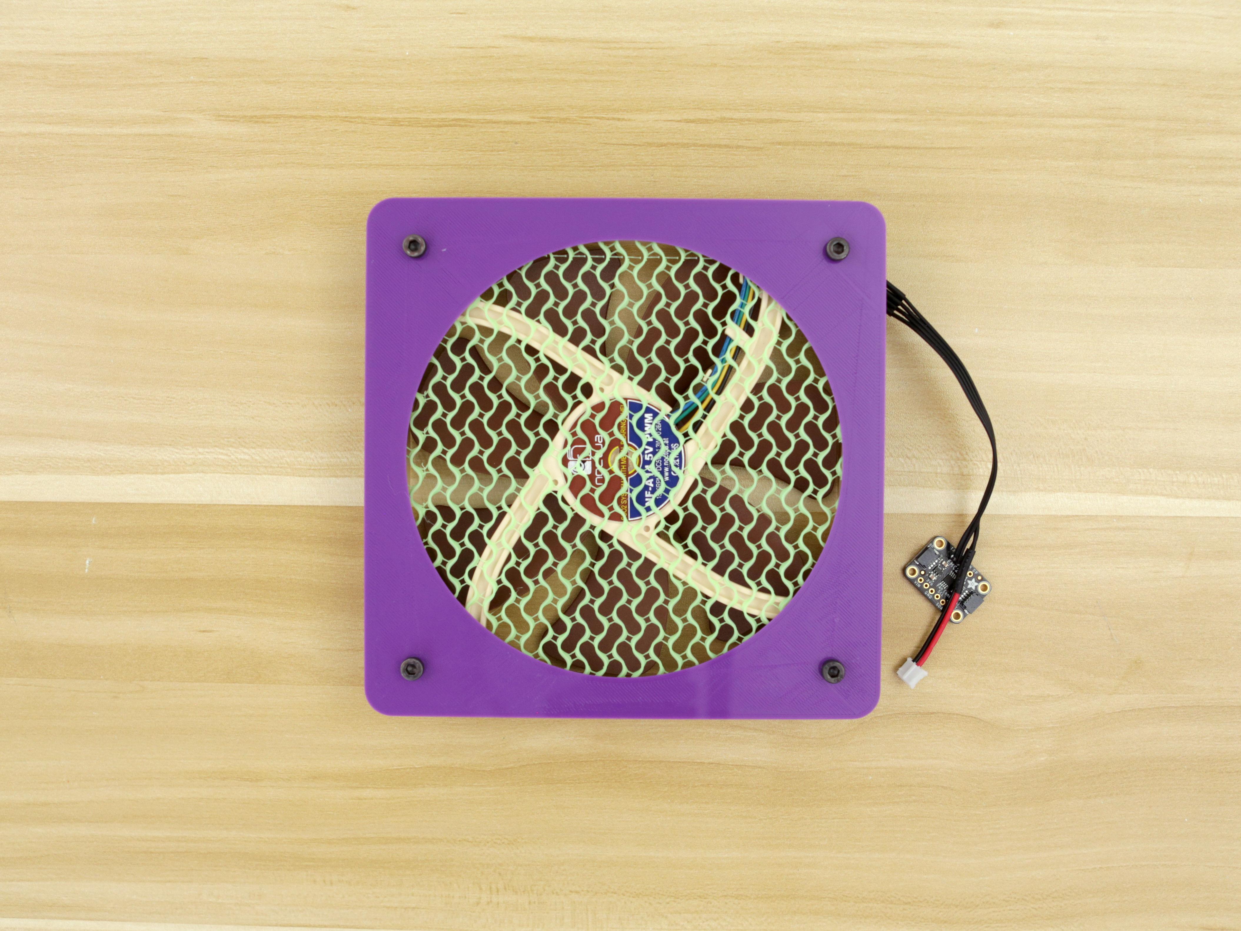 3d_printing_backcover-noctua-screws-installed.jpg