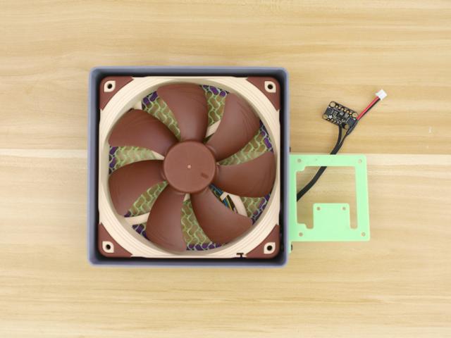 3d_printing_frame-backcover-install.jpg