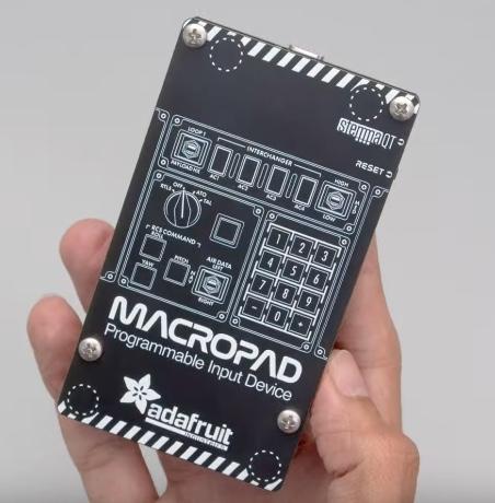 circuitpython_mp11.jpg