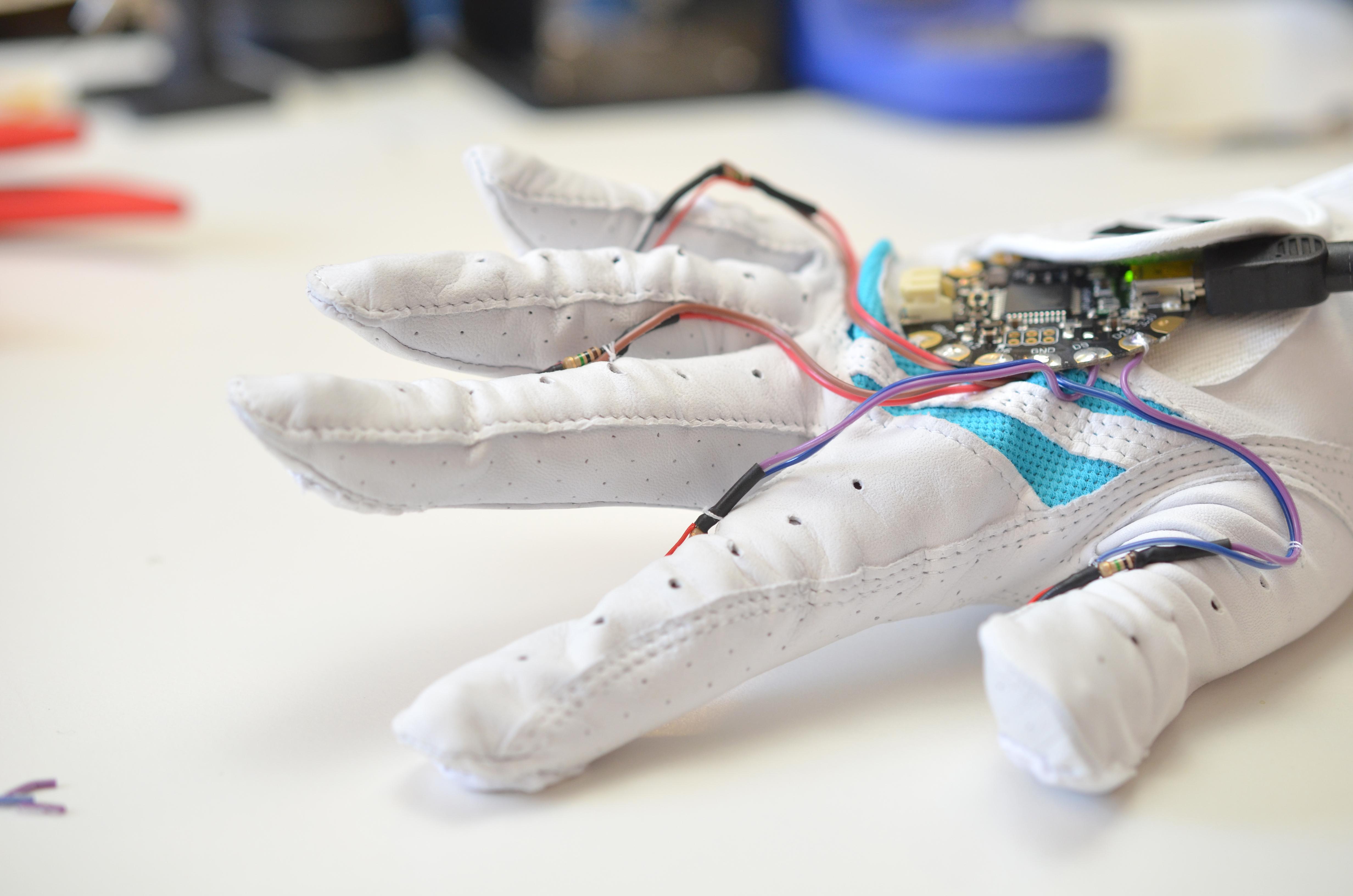 components_force___flex_midi-drum-glove-34.jpg