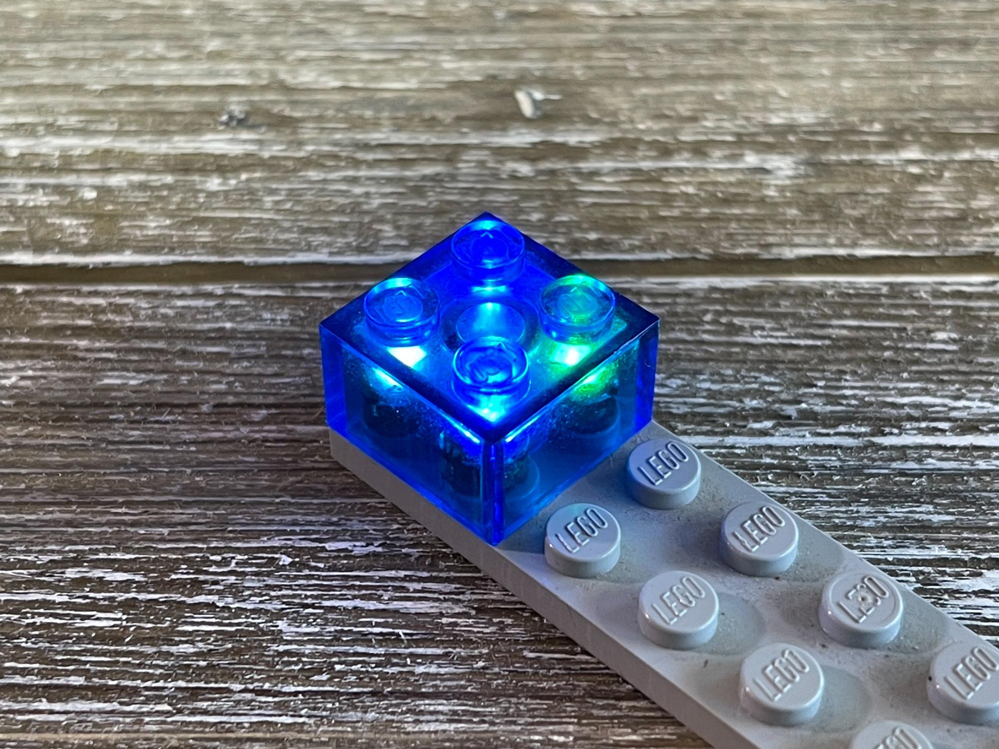 components_LEDLEGO-3200.jpg